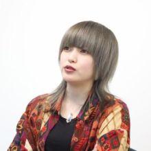 ギターを武器に、思いを伝える!女性シンガーソングライター「カノエラナ」さんインタビュー