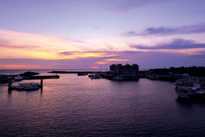 絶景の夕陽を拝めるデートスポット