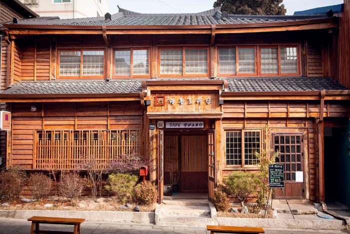日本家屋をリノベしたカフェ